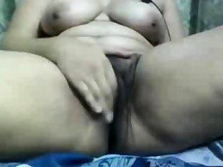 Indian aunty gets exploitative on webcam