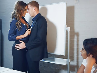New hotshot can't resist of employee's well-known dick