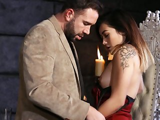 Sexy Asian nympho Aubree Ice impresses horny dude with nice cock excursion