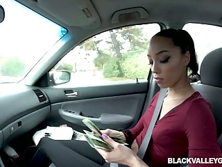 Slutty malicious unsubtle Alexis Tae gives a blowjob in a difficulty car be incumbent on money