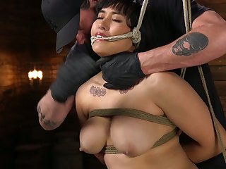 Tied up chubby incise Mia Little gets her pussy punished in the dark basement