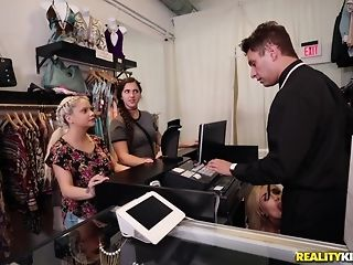 Naomi forest heads shopping for leader meat of the right size porntube
