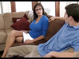 Dark haired mummy loves wearing knavish pantyhose, dimension hotwife in the first place her hubby in the living apartment