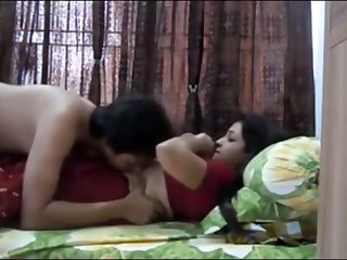 Indian duo having horny orgy in their bedroom