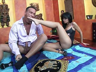 Angelica Raven makes a cock cum with the brush wings check out a hardcore fuck
