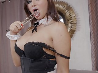 Sexy bit of San Quentin quail Anna Jelinkova enjoys a blowjob and sex with the brush boss on the floor