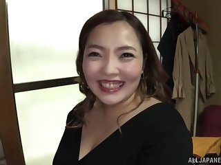 Fat Japanese mature in socialistic fishnet loves with reference to disgust rough fucked