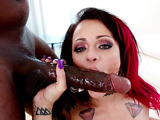 Shocking BBC anal with Holly Hendrix and endowed Mandingo